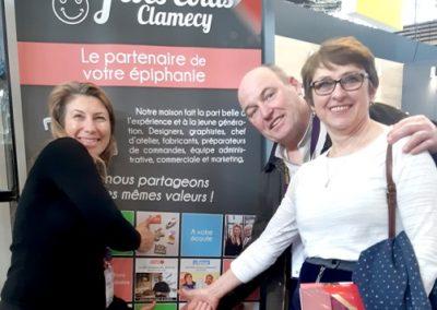 Salon Sirha 2019 Fèves Colas Clamecy et Mme M Lemercier de Lamballe dans le journal Sud Ouest pour leur collection de fèves personnalisées